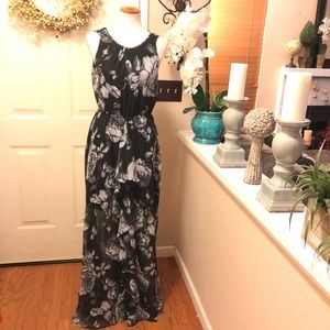 Ali & Jay Beautiful Black & WhiteFloral Maxi Dress